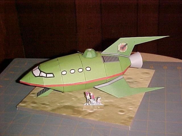 http://papercraft.wdfiles.com/local--files/papercraft%3Aplanet-express-ship/done.jpg